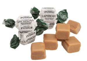 wrapped and unwrapped pieces of Laphroaig fudge