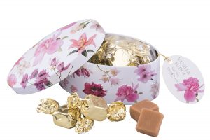 red flower gifting tin of fudge